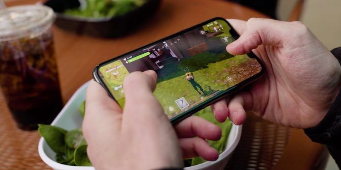 Is Fortnite Battle Royale on Mobile Worth Playing?