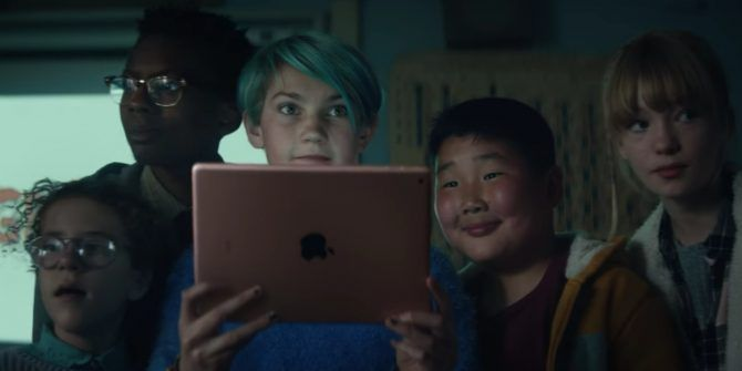Apple Unveils a New iPad Aimed at Students
