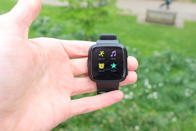 Fitbit Versa Review: Fitbit's Best Wearable Yet? Fitbit Versa 1
