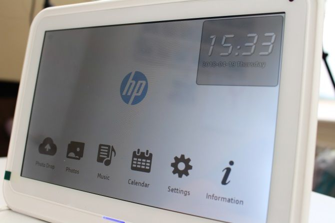 Hp Df1050tw Photo Frame Review Yes These Are Still A Thing