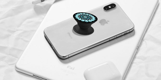 sports shoes 82a11 3982f What Are Popsockets? 6 Reasons Why You Need One