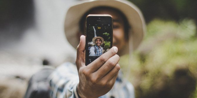 8 Fundamental Selfie Tips for Taking Better Pictures of Yourself