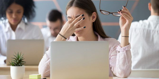 5 Signs You Have Computer Eye Strain (And How to Relieve and Prevent It)