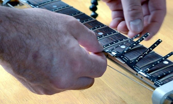 Applying the Fret Zealot to your guitar