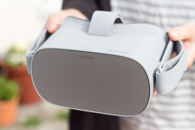 Oculus Go: The Best Mobile VR That Doesn't Even Need a Phone oculus go top buttons