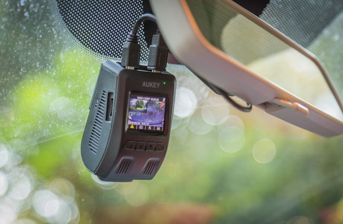 The Aukey Dual Dashcam Deters Dangerous Drivers (Review and Giveaway!) Aukey Dash Cam 11