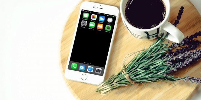 5 Easy Steps to a Clutter-Free and Minimalist iPhone