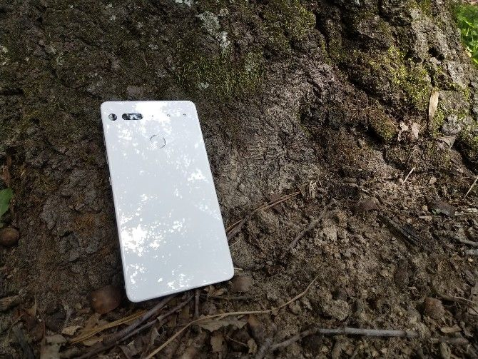9 Reasons Why the Essential Phone Is My Favorite Phone Yet