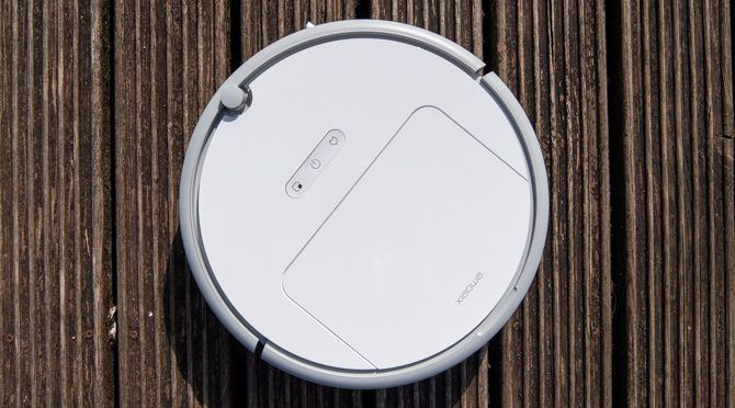 Xiaomi Roborock Xiaowa E20 Robot Vacuum: Terrible Name, Great Vacuum xiaowa e20 top down 670x372