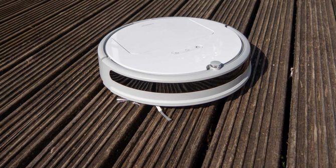 Xiaomi Roborock Xiaowa E20 Robot Vacuum: Terrible Name, Great Vacuum