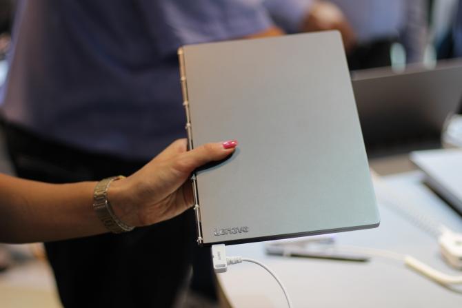 Lenovo Yoga Book C930 002 IFA2018
