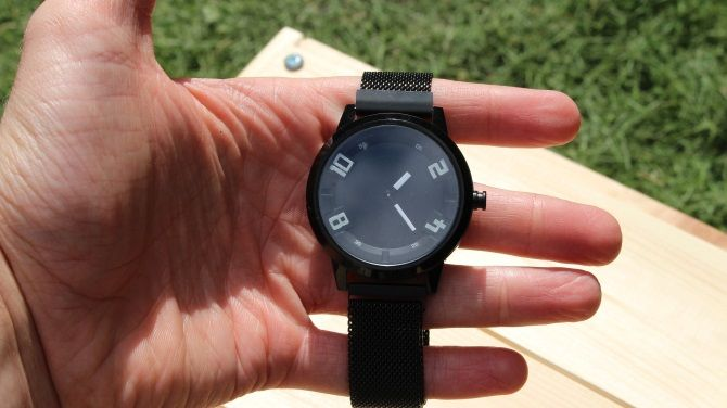 Lenovo's Watch X Is An Attractive But Terrible Smartwatch