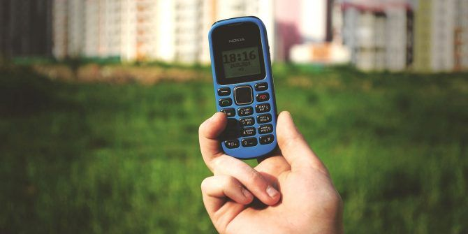 The 5 Best Dumb Phones