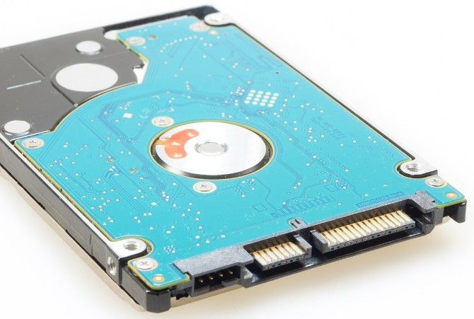 Transfer files between PCs by swapping hard drives