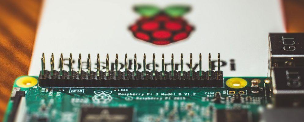 Raspberry Pi 3 Digital Signage Sign Menu Schedules Maps flexible micro sd card