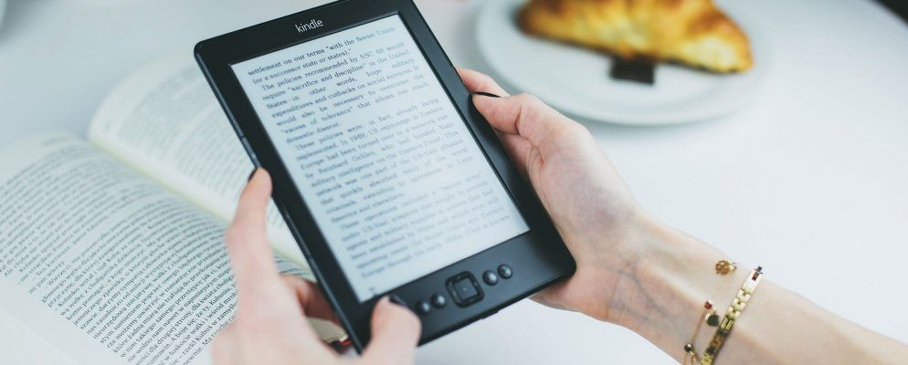 9 Amazon Kindle Tips to Get More Out of Your E-Reader