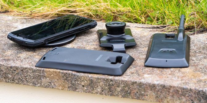 Doogee S90: A Modular Rugged Phone (That's Actually Useful!)