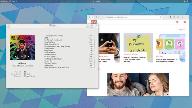 Área de trabalho GNOME exibindo aplicativos GNOME Music e Web