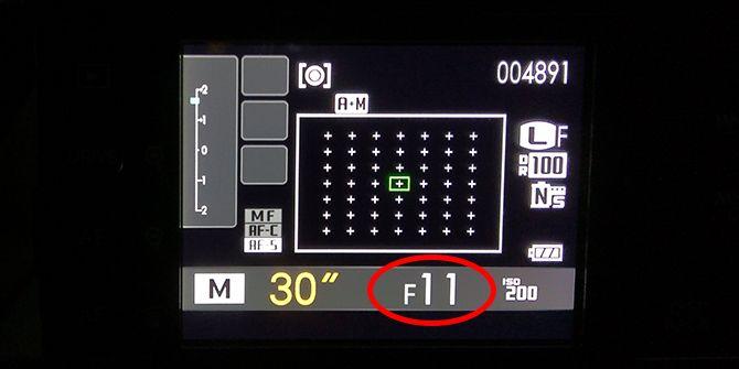 f8 f11 light streaks