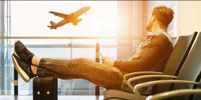7 Lifesaving Apps for Surviving Long Flight Layovers
