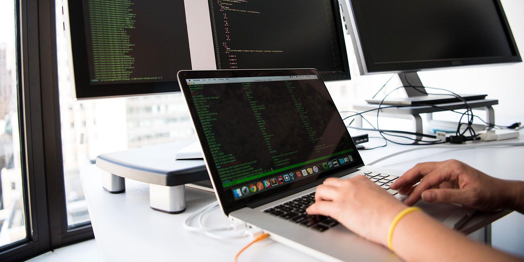macbook-multiple-monitors