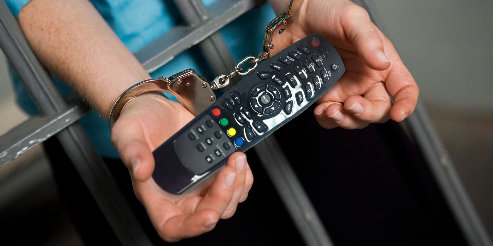 5 Reasons Why Using Illegal IPTV Streams Is a Bad Idea | iJailbreak
