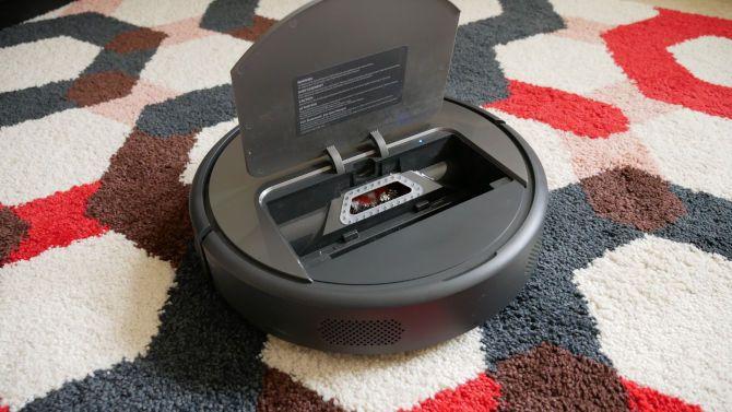Most Powerful Robot Vacuum Yet, But Is It Good Enough? Roborock E35 Review Roborock Xiaowa E35 Inside View