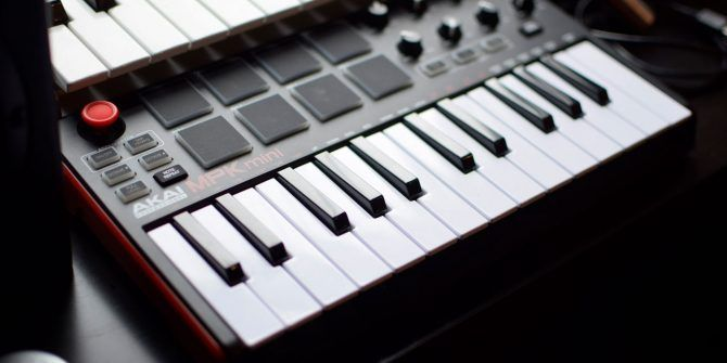 The 9 Best USB MIDI Controllers for Musicians