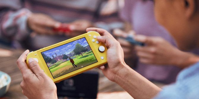The New Nintendo Switch Lite Is Available for Preorder Now