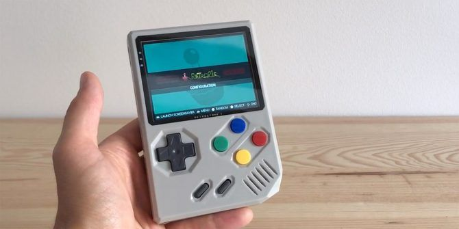 The Portable RetroStone 2 Emulates Dozens of Retro Gaming Consoles