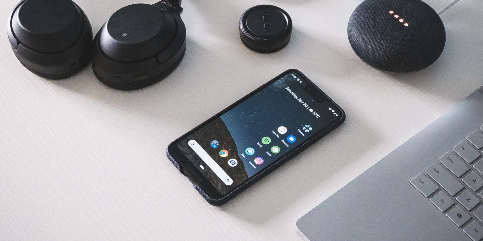 Do More With Your Android Phone: 70+ Tips and Tricks You Should Know android 10 google pixel 3 android phone featured