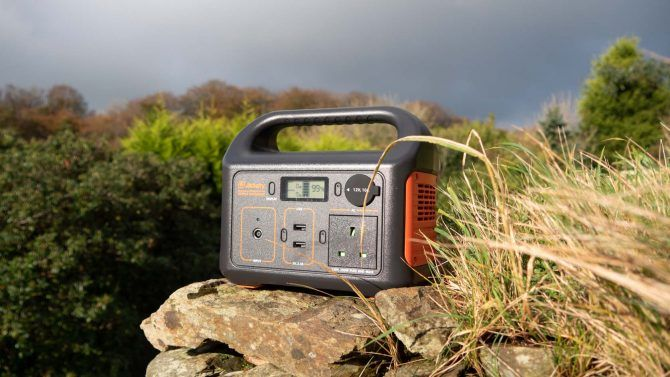 Jackery Explorer 240/250: Emergency Power Backup for All The Things