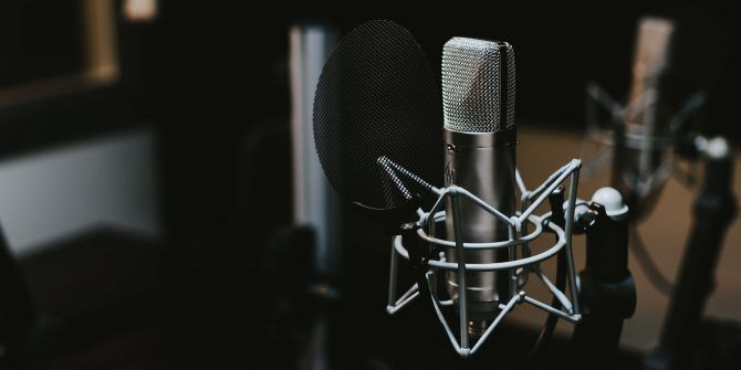 6 Apps to Find Awesome Podcast Recommendations to Listen to
