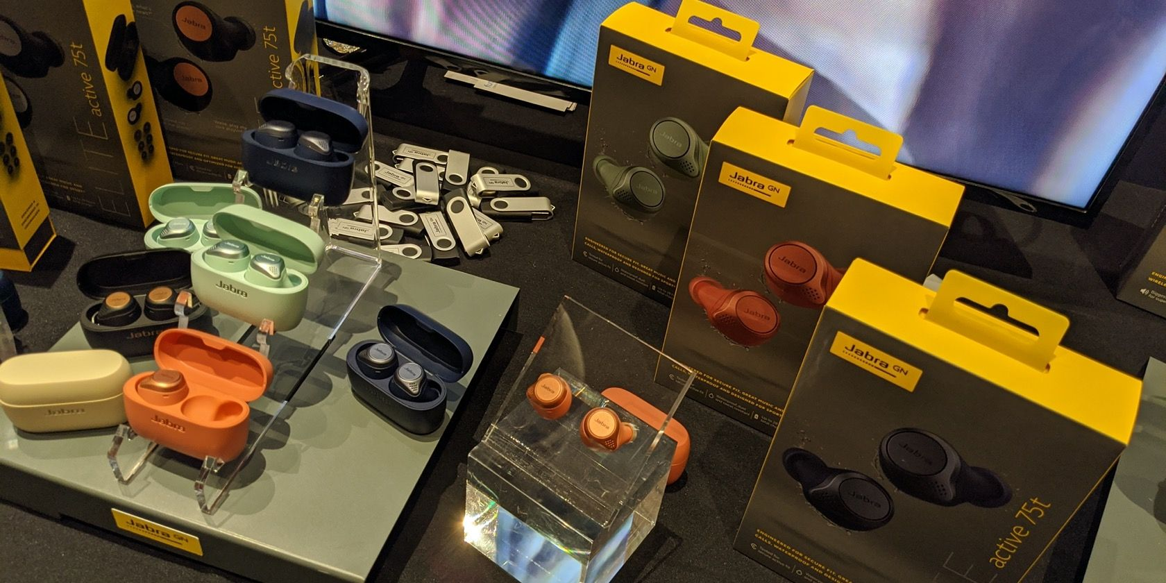 Jabra-Headphones-Eaburds-CES2020-Featured