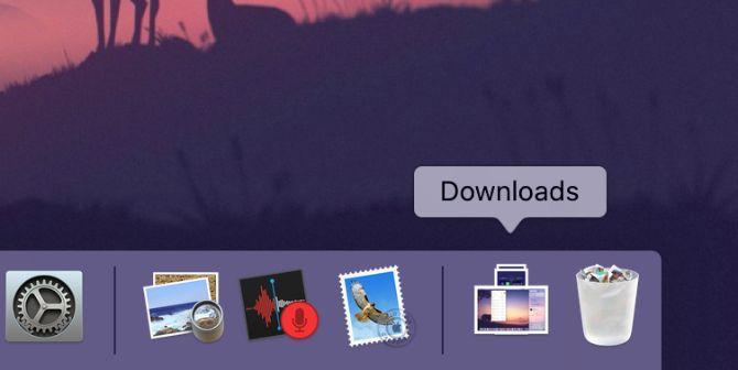 Mac Dock показывает стек загрузок