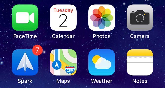 Почтовое приложение Spark с семью непрочитанными уведомлениями