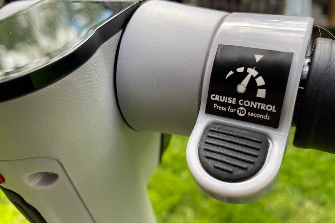 Cruise control on GoTrax Xr