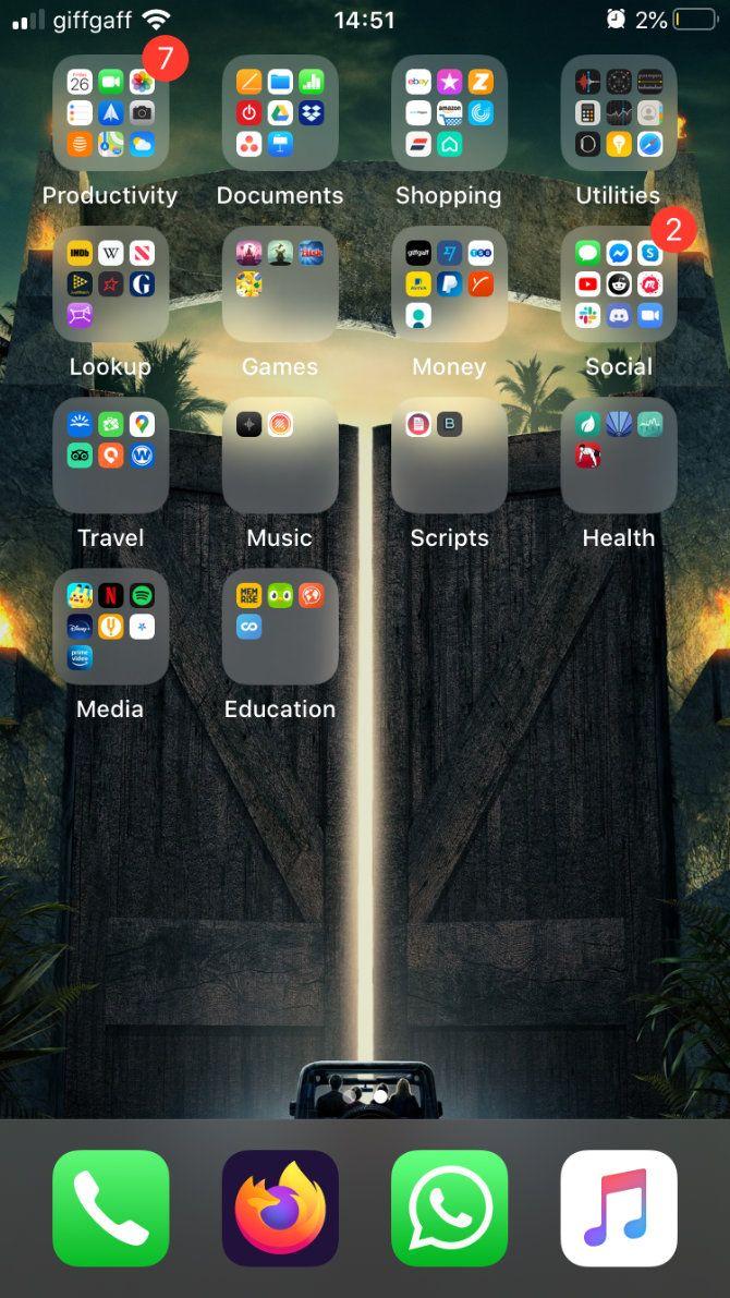 iPhone heavy loaded Home screen.jpg?q=50&fit=crop&w=670&dpr=1