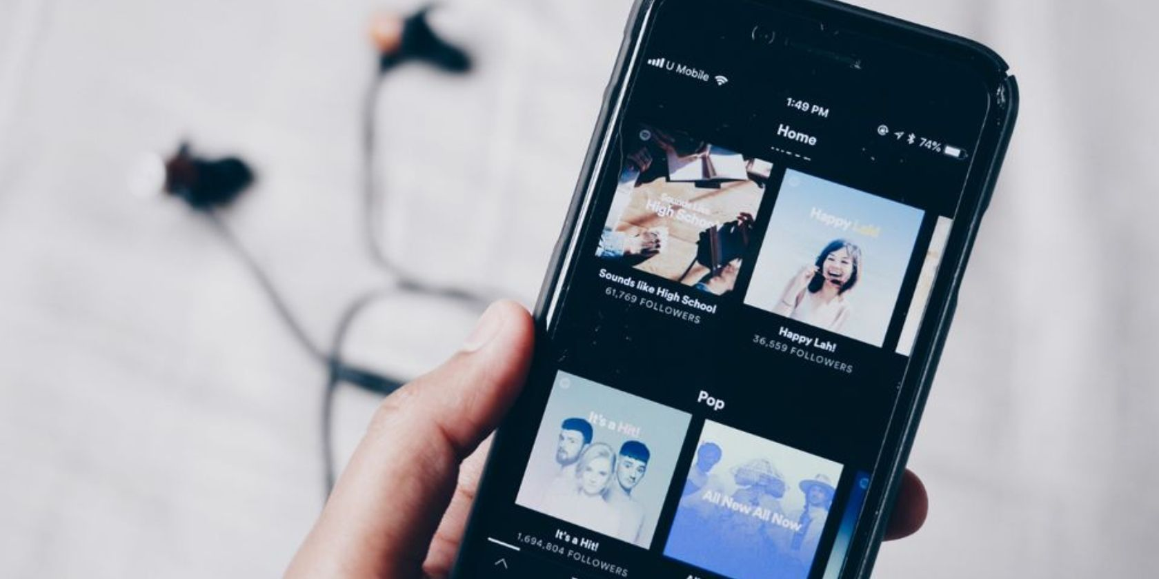 Spotify vs. Apple Music: What's the Best Music Streaming Service?