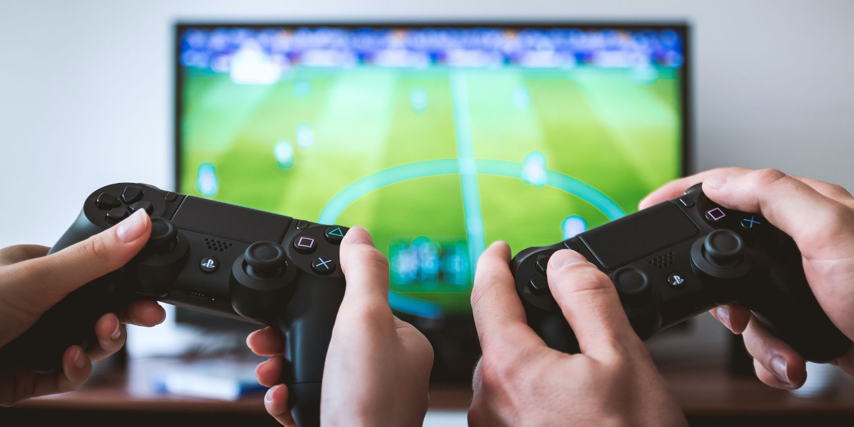 Physical Games vs. Digital Games: Which Are Best to Buy?