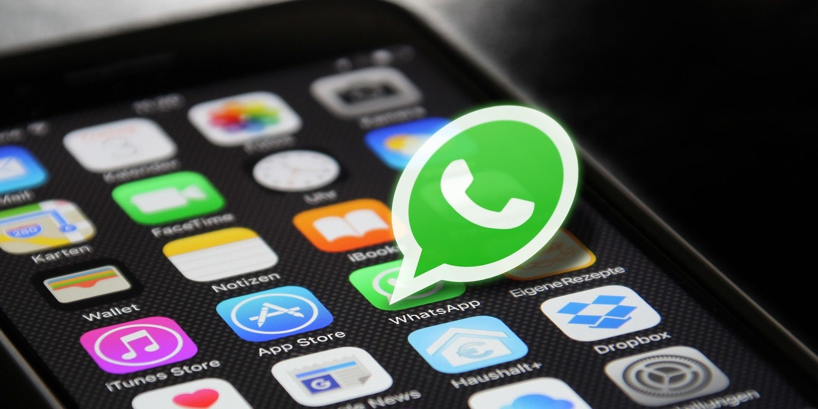 Why Are People Suddenly Looking for WhatsApp Alternatives?