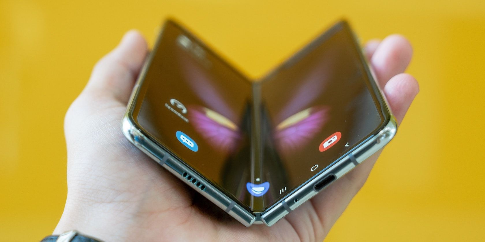 Apple Building Future Foldable iPhone Prototypes