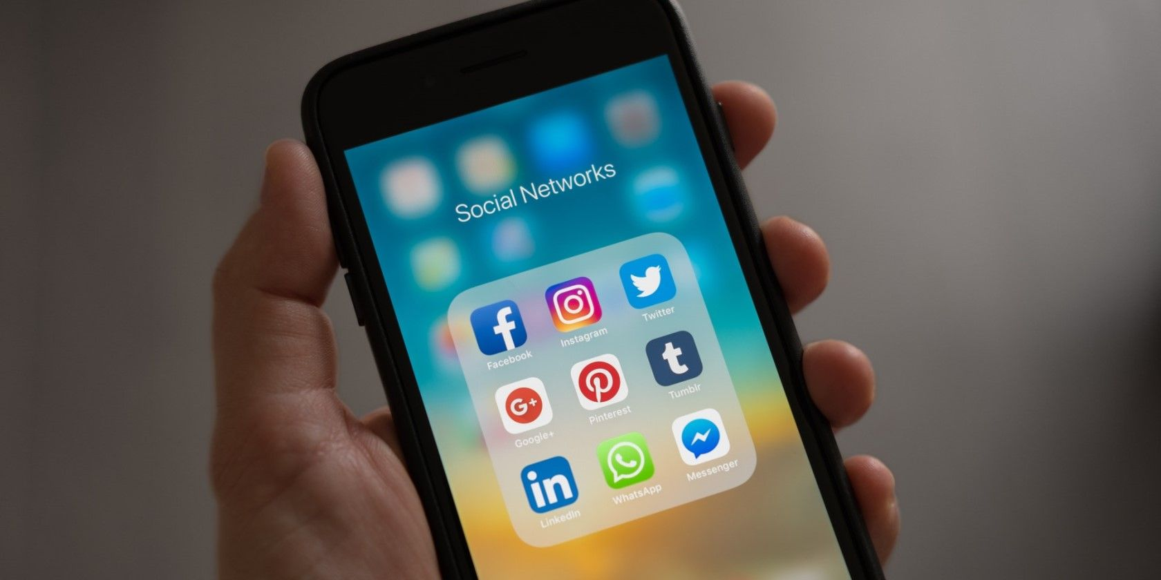 Here's How to Quit Social Media for Good